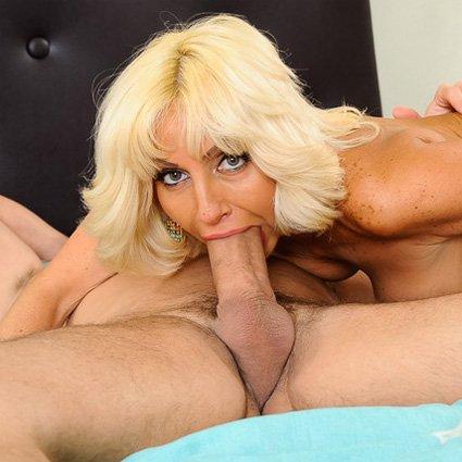Granny Cocksuckers Porn Videos & Sex
